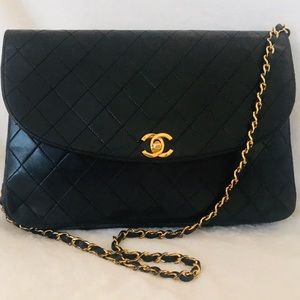CHANEL Lambskin Quilted Jumbo 24k Gold Flap Bag